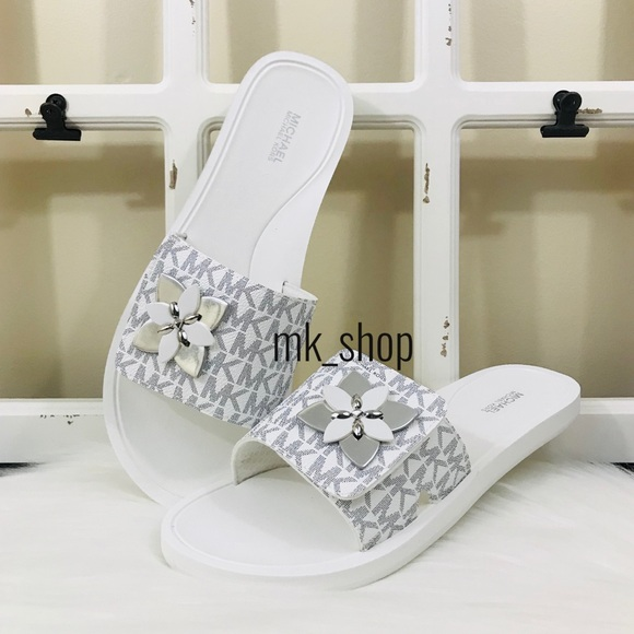 Michael Kors Shoes | Mk Summer Slide